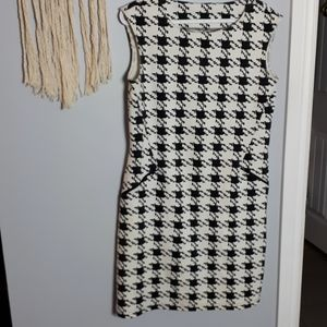 Lori Michael's Houndstooth print sheath dress